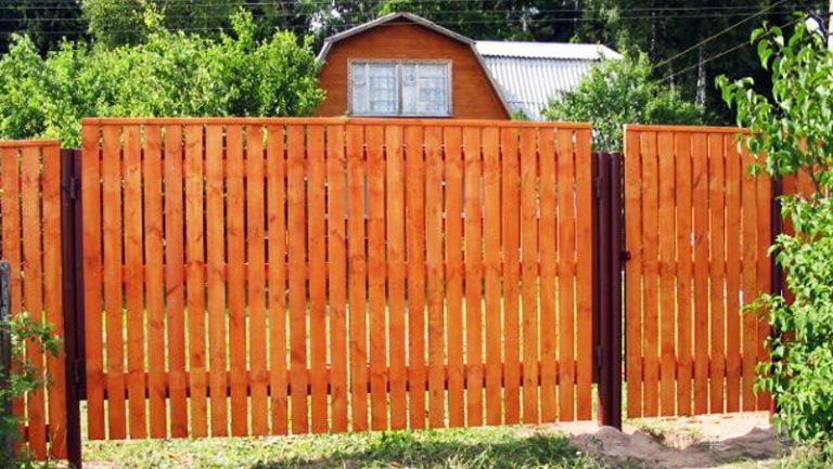 Деревянные ворота и заборы